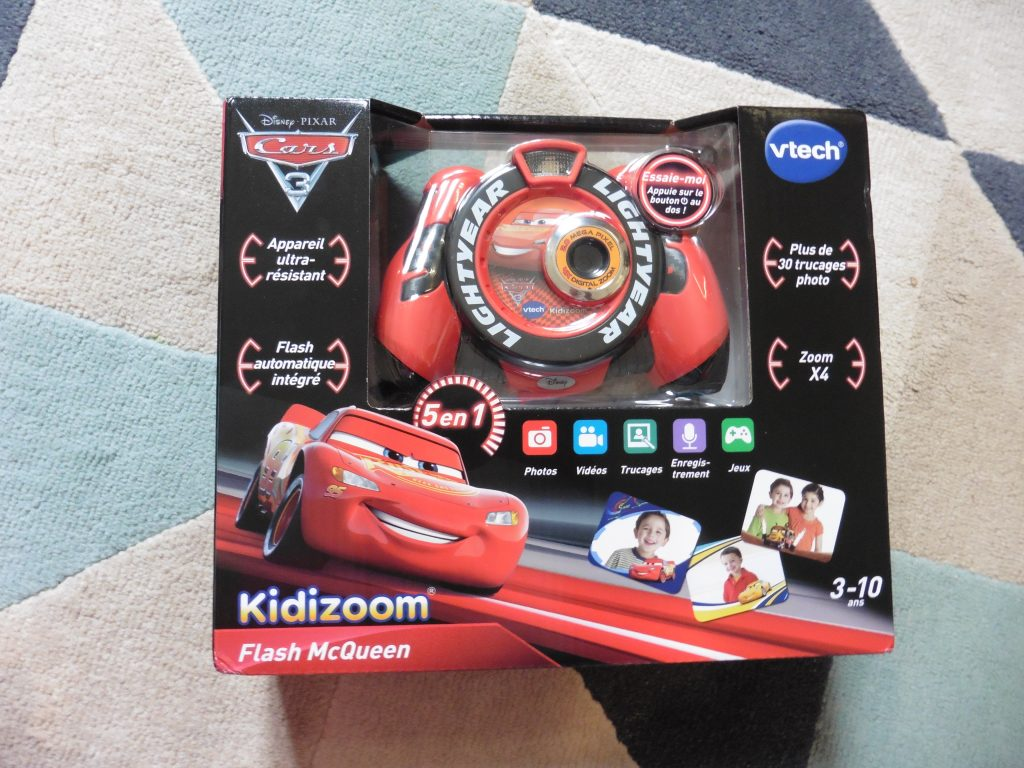 le kidizoom flash mcqueen cars 3 de vtech maman cat. Black Bedroom Furniture Sets. Home Design Ideas